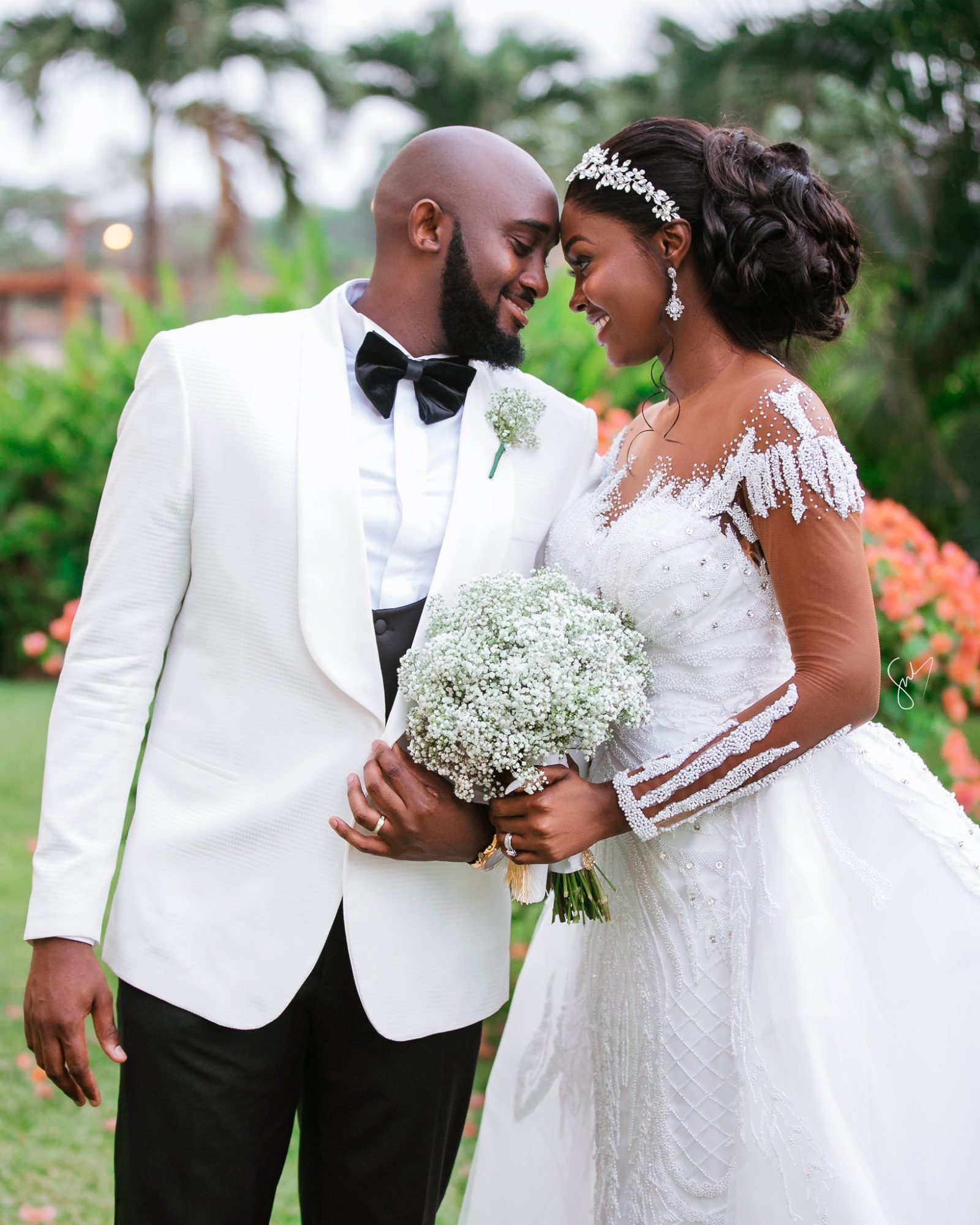Amanda & Sydney's Outdoor White Wedding In Ghana Is GOALS