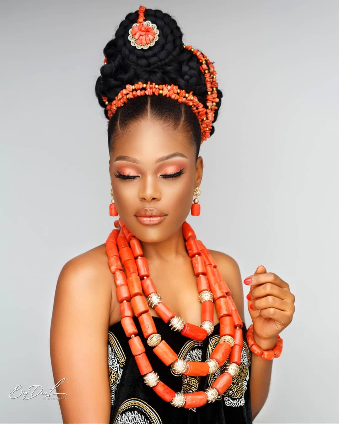 Today's Igbo Bridal Beauty Look Is All About Queening On